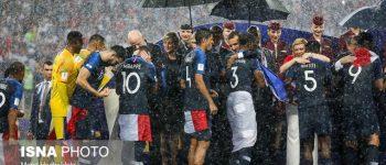 عکس + دزدی در مراسم اهدای جام جهانی ۲۰۱۸